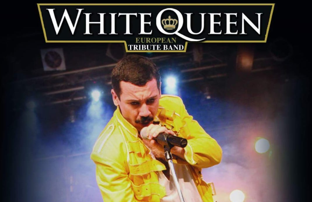 White queen in concerto